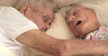 old-couple-dies-together-75-years-marriage-jeanette-alexander-toczko-fb__700